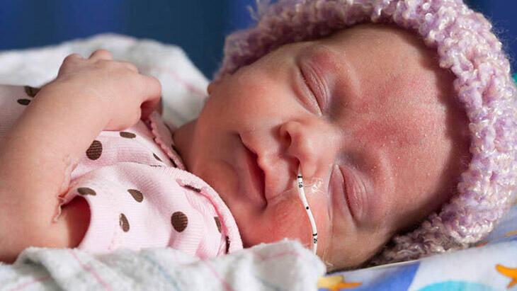 Pandemi sürecinde prematüre bebek bakımının 8 önemli kuralı
